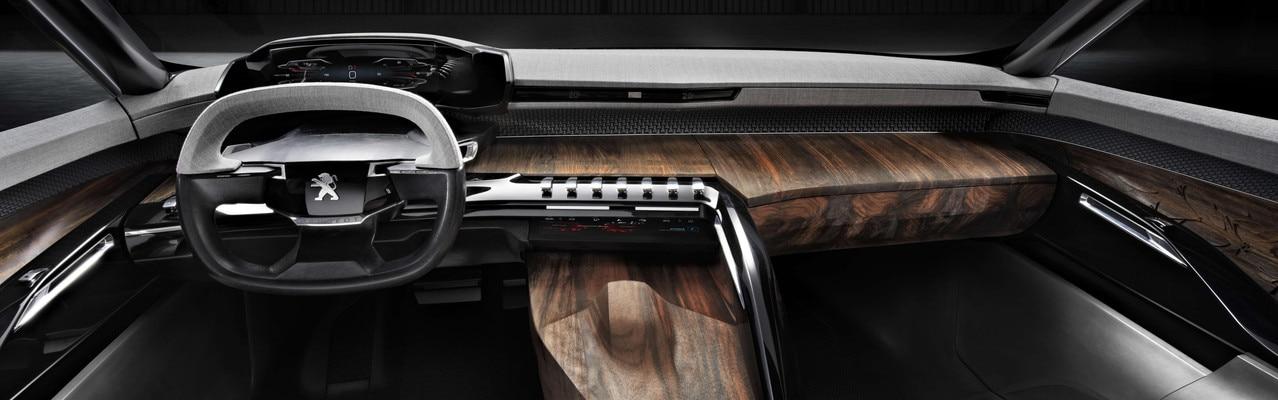 Peugeot Exalt - El panel de instrumentos del Exalt está dotado con la tecnología i-Cockpit
