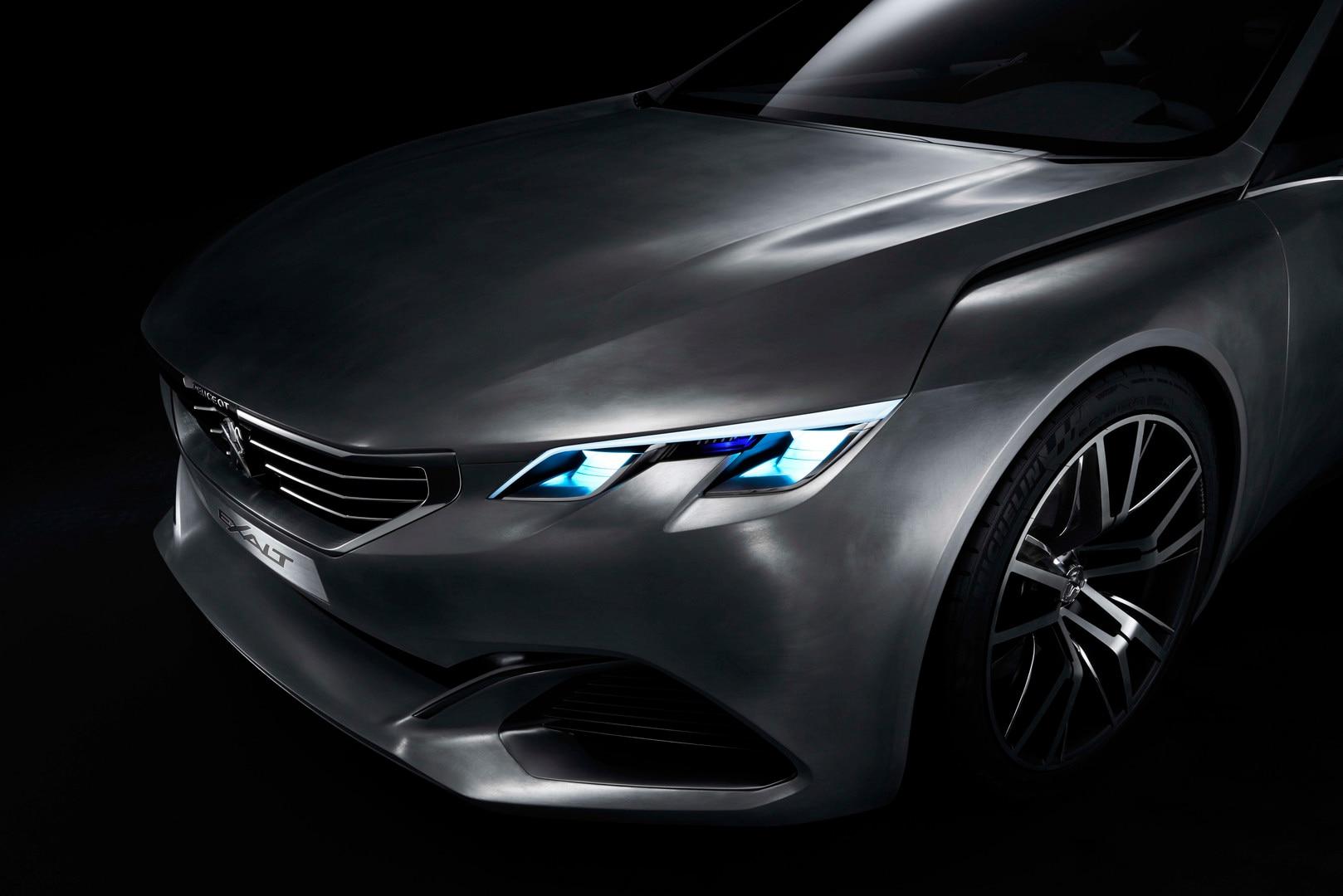 Peugeot Exalt - Su motor utiliza la tecnología HYbrid4