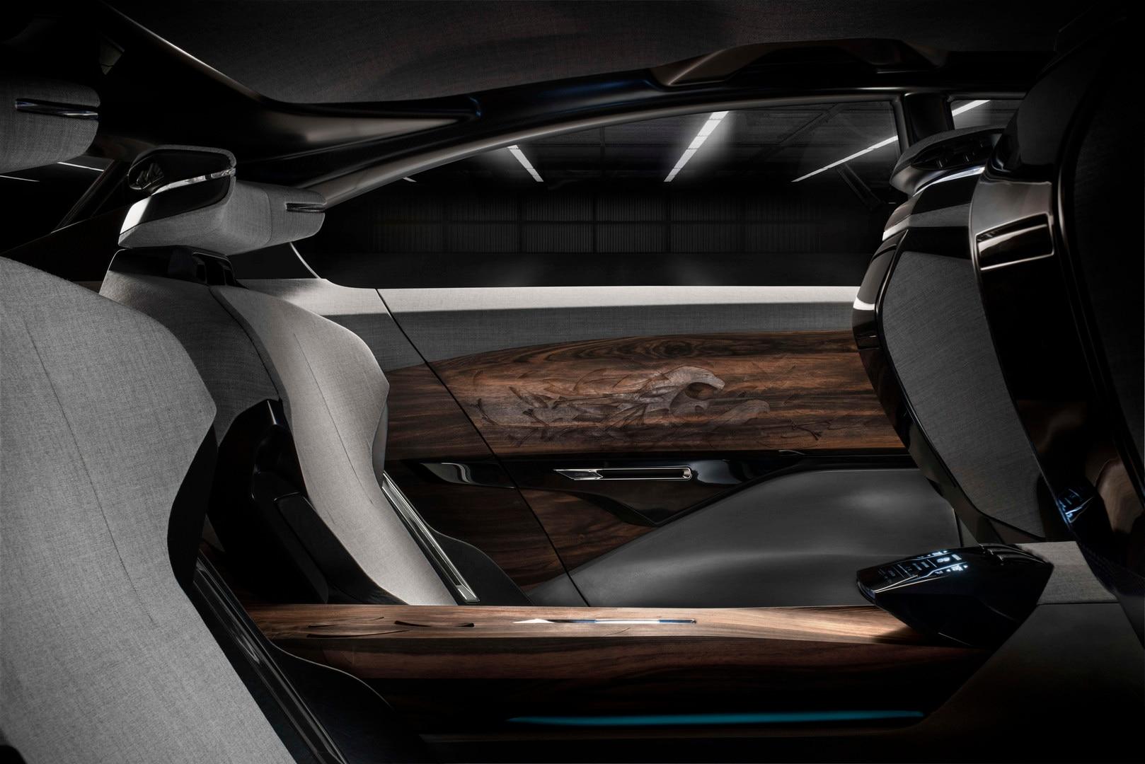 Diseño interior Exalt - Múltiples materiales para el confortable interior del Exalt