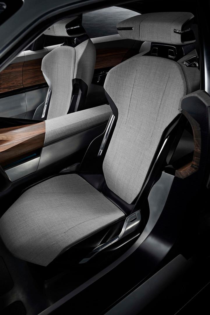 Materiales innovadores Exalt - El interior del modelo combina el tejido jaspeado y el cuero